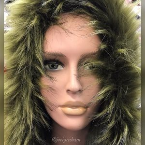 Accessories - Hooded Scarf w/ faux fur